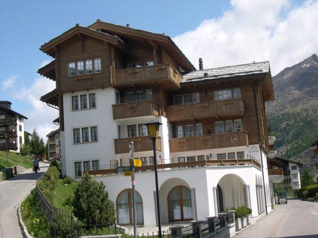 Chalet Suisse 3