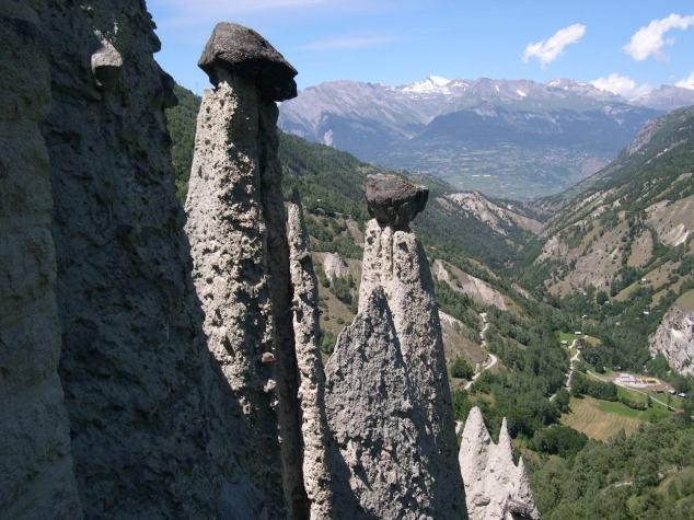 des cheminées de Féees
