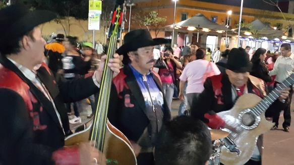 Mexico, place Garibaldi avec les Mariachis