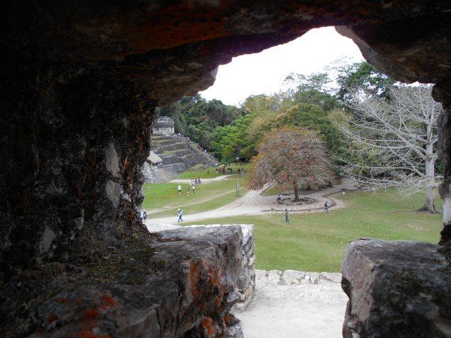 DSCN0055 Le site des Palenque est marquée par un cadre naturel de toute beauté au coeur de la forêt tropicale