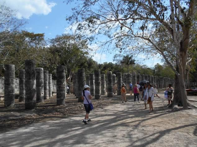 DSCN0123 EL CASTILLO l'une des nouvelles  sept merveilles du monde! les colonnes