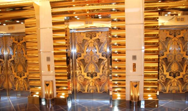 HotelBurgAlArabinterior095