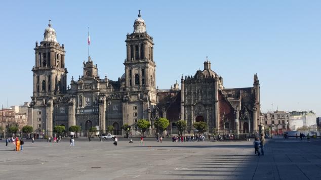 Mexico, Cathédrale sur la place de la Constitution (Zocalo)