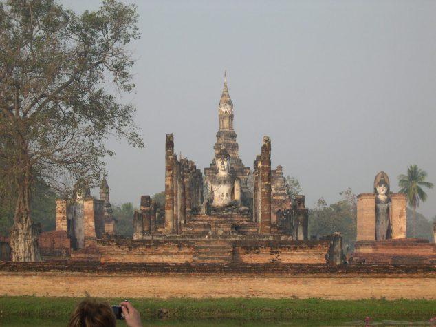 Vestiges datant du XIIIe siècle à Sukhothai