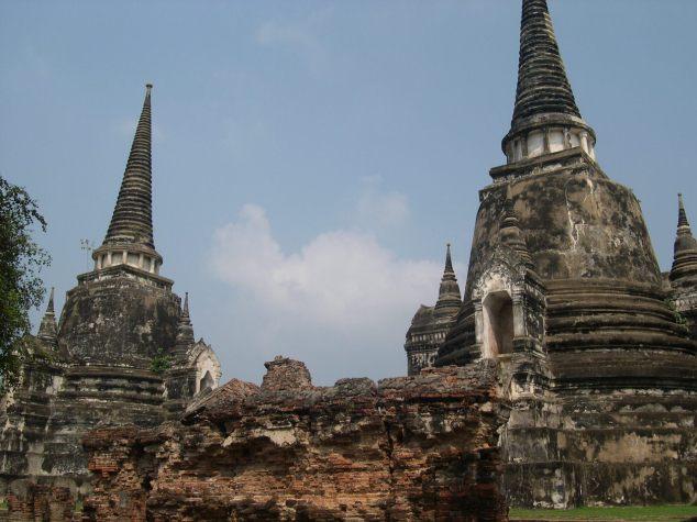 Vestiges le Wat Mahathat et le Wat Sra Sri à Lampang