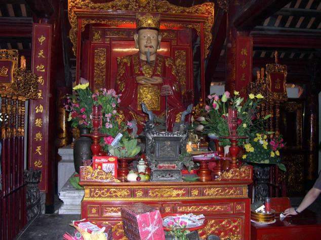 Visite du Temple de Conficius 5 le Boudha