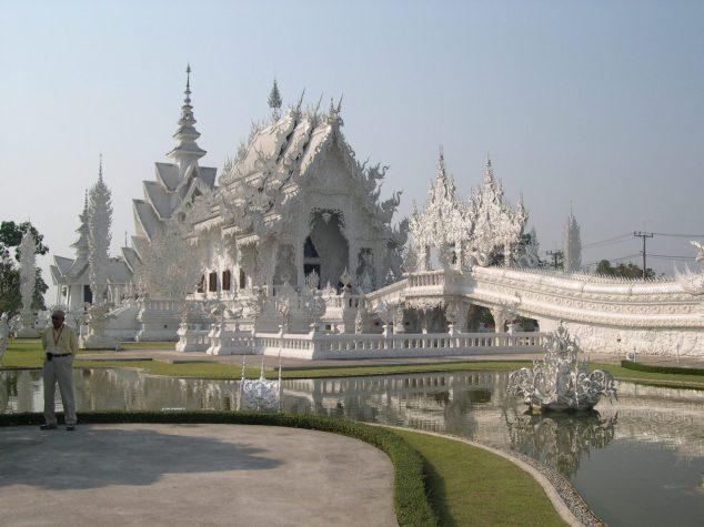 sanctuaire bouddhiste n°3 tout en marbre