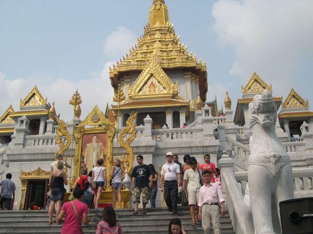 temple qui abrite le bouddha en or de 5,5 tonnes à bangkok n° 1
