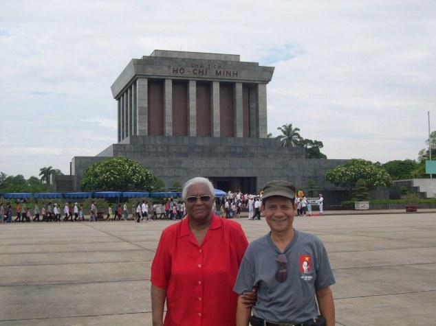 Mausolée de Ho Chi Minh 3 avec le Guide